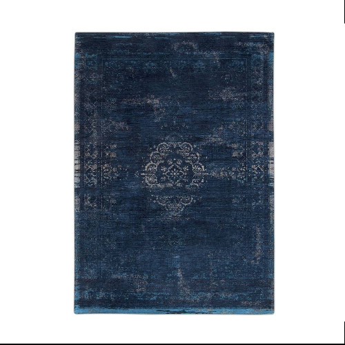 distressed-medallion-midnight-blue-flatlay-8254