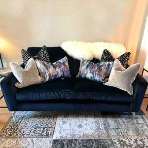 Vicenza Sofa – Ex Display